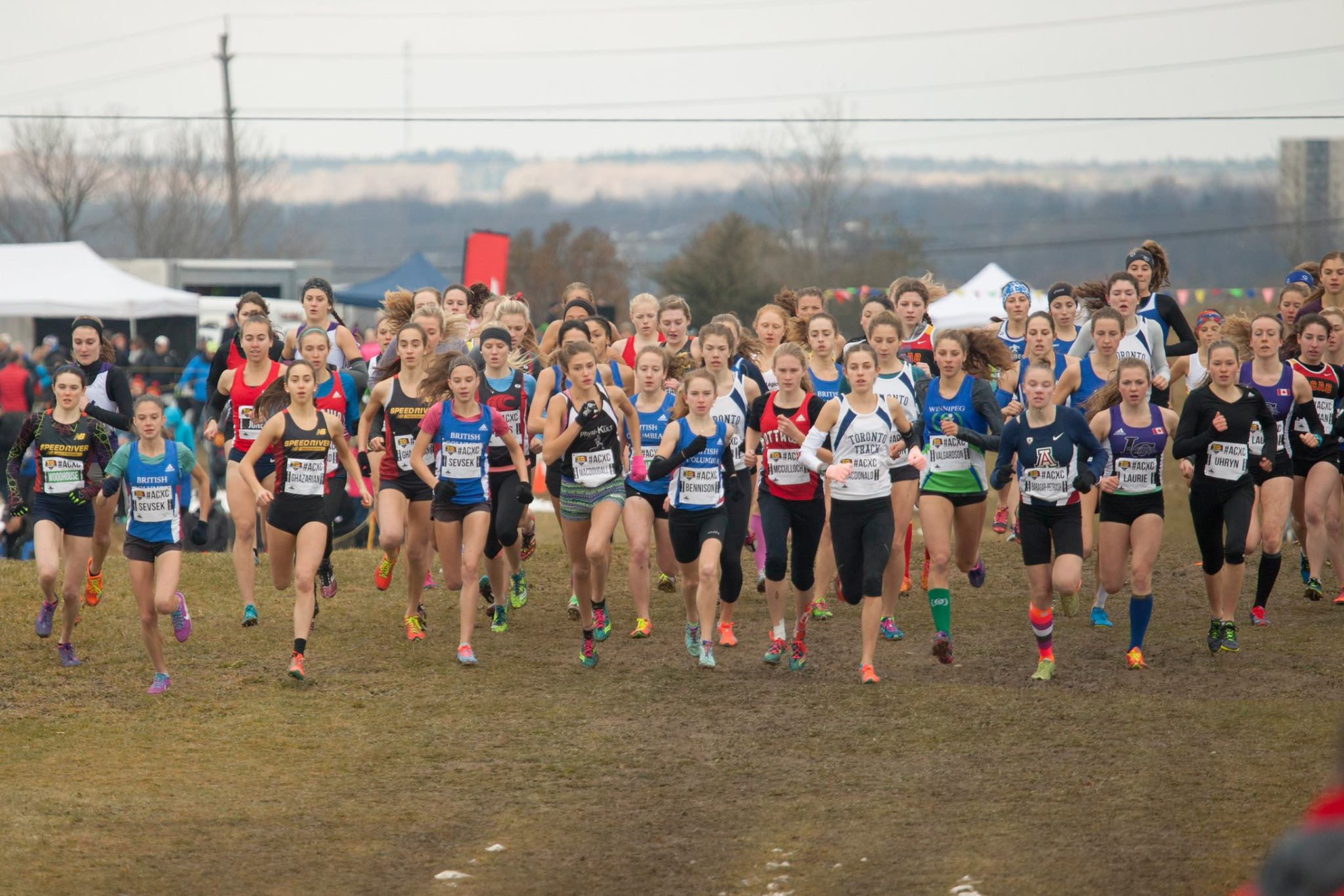 Start of the Junior Women Race 2016 (Photo courtesy of Athletics Canada)